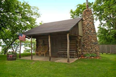 Raymond's Cabin - Spicer