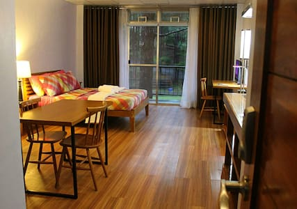 Ozark Diner & Bed and Breakfast - Baguio - Wikt i opierunek
