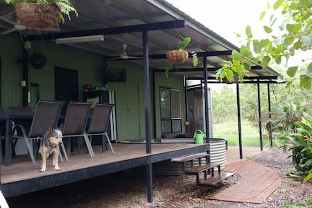 Berry Springs Bush Cabin - Berry Springs - Cabin