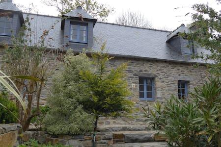 Über den Dächern von Traou Meur - Trédarzec - Casa