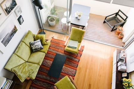 Loft apartment in centre of Newtown