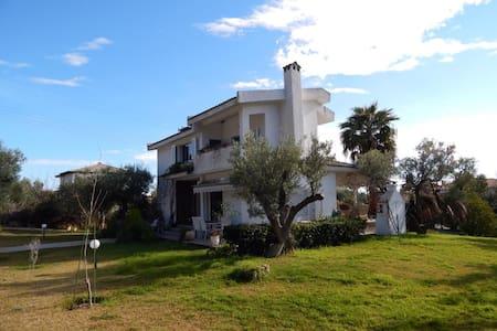 Sea view villa in Halkidiki - Moles Kalives - Villa