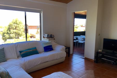 Sea View Units, 2x1, 500m from beach. Enjoy! - Trigg