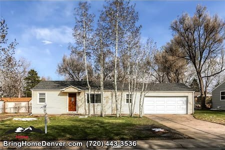 Cottage in hip Tennyson district ! - Wheat Ridge