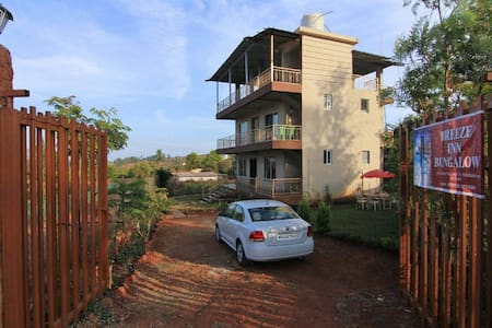 Bungalow in Posh Area of Panchgani - Bungalow