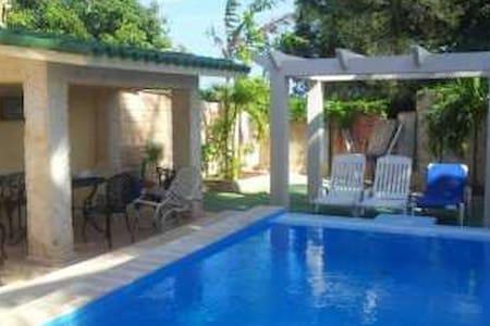 Hostal Quinta El Mojito (Room 1) Santa Marta VAR - Bed & Breakfast