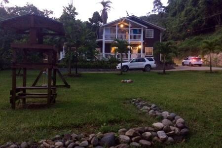 ROATAN GARDEN HOUSE - Casa
