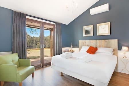 Hunter Valley Private Vineyard Villa King Bed Spa - Willa