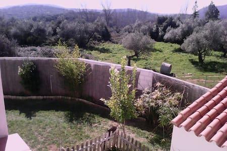 Habitación con vistas en Aracena - Casa