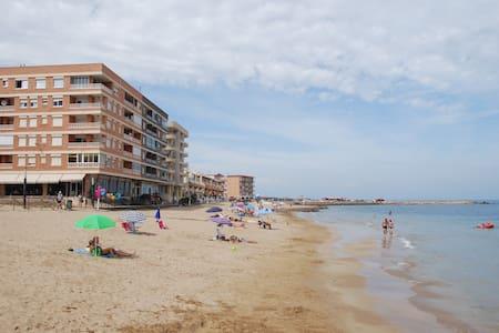 Ferien direkt am Sandstrand mit Gratis  Wifi - La Mata