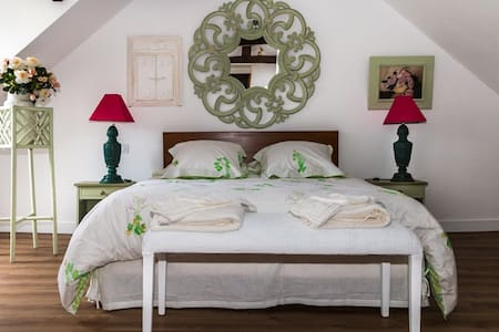 Chambre familiale Clématite (5pers) / Ch. d'hôtes - Saint-Briac-sur-Mer - Bed & Breakfast