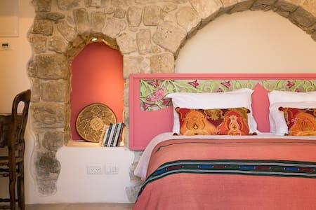 The Wy Inn's Suite 'Gevura' - Safed