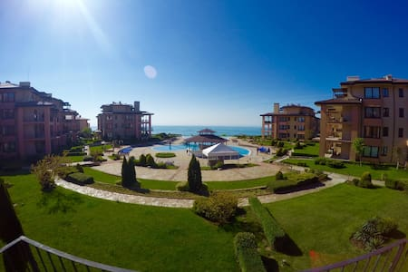 Golfers paradise at Bulgaria´s golf coast. 120m2. - Topola