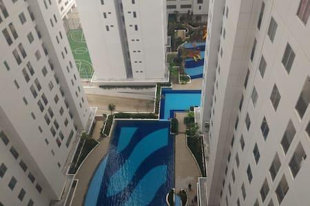 Cozy Apartment near CBD Kuningan, Jakarta - Wohnung