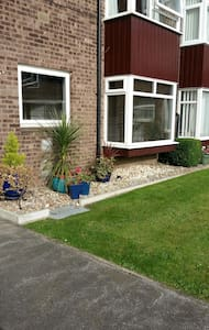Tastefully decorate 2 bed apartment - Beverley - Appartamento