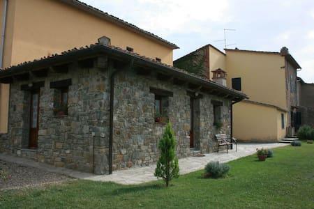 Fattoria Di Gratena - Covo, sleeps 4 guests - Villa