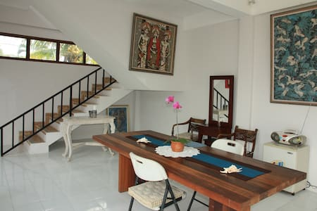 Clean, Comfy, One Bedroom in Ubud - Bed & Breakfast