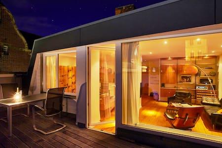 Penthouse mit Terrasse und Blick - Lübeck - Loft