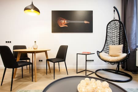 Wow! White and Black Oak apartment - Vilnius