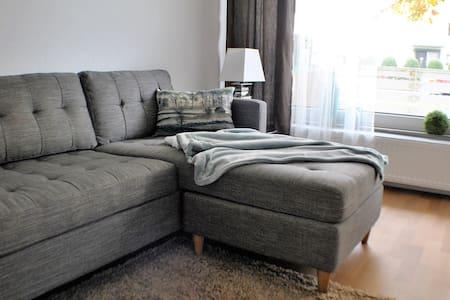 Neu & Stylish - Wunderschöne Wohnung in Kassel Süd - Kassel - Apartament