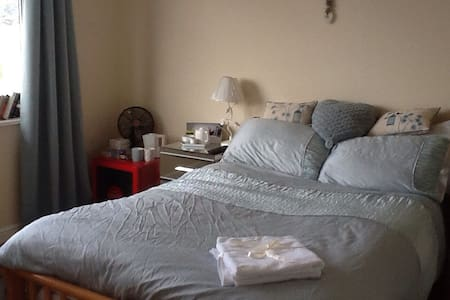 Double bedroom near beach (1 of 2) - House