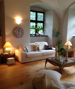 Romant. Unterkunft für 2 Pers. im Wasserschloss - Apartment