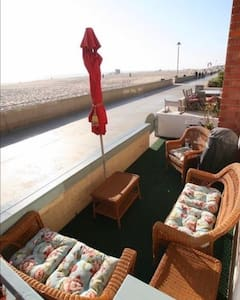 HERMOSABEACH's most EPIC beachHouse on THESTRAND! - Kondominium