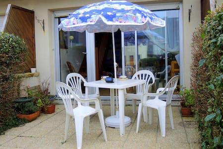 Duplex avec vue sur mer - Apartment