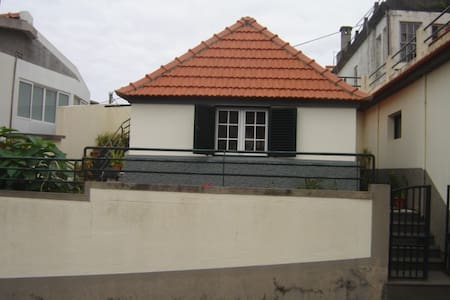 Apartamento no centro de Santana. - Vila - Apartment