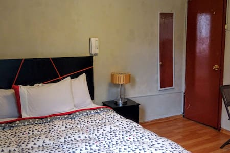 Big Double Room at Casita Libertad - Barranco District