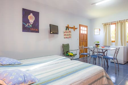 HABITACIÓN SIMPLE CON BAÑO PRIVADO