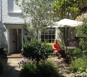 Pretty bed & breakfast in Midhurst - Inap sarapan