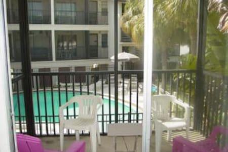 Coquina Reef 15 - Bradenton Beach - Appartement en résidence