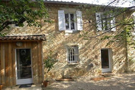 Provence, Steinhaus bei Aix-en-Provence mit Pool - Seillons-Source-d'Argens - Casa
