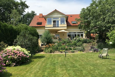 Beautiful landhouse in big garden, close to Berlin - Schwielowsee