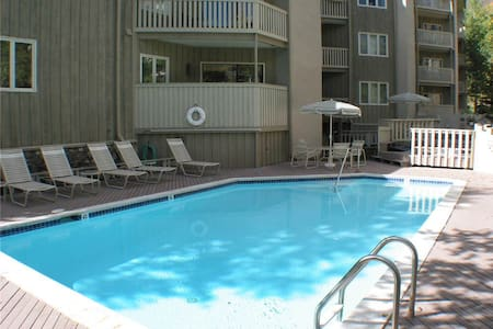 Westwind - 2BR Condo Gold #201