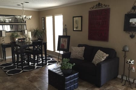 duplex with open space - Oklahoma City
