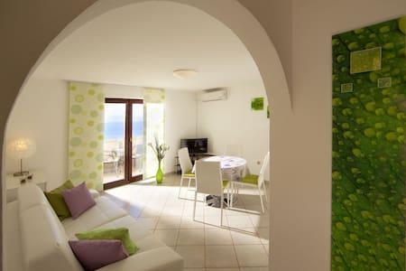 Apartment White Oleander - Lägenhet