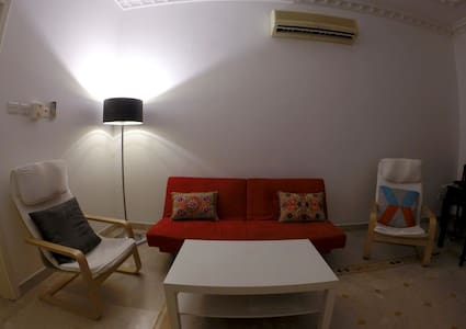 A comfy room near the beach - Muscat - Apartment