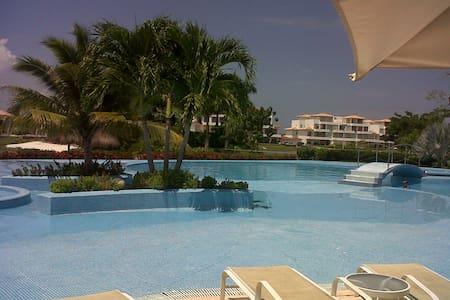 Arriendo hermoso apartamento en Cartagena - Cartagena - Daire