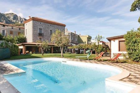 Villa con piscina - Dimora Villa RITA - Villa