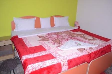 luxury stay with standred facilitie - Bed & Breakfast