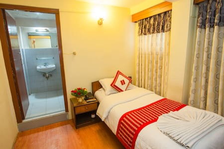 Standard Single Room - Bed & Breakfast