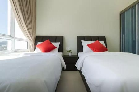 4Rooms Luxury Suite II @ SPICE with speedy WIFI - Bayan Lepas