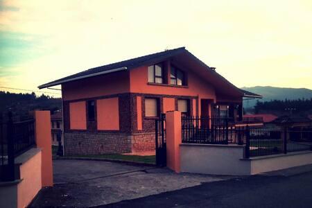 Apartamento ejecutivo en chalet - Mungia