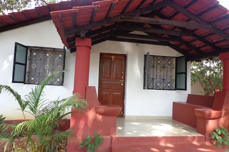 The Naseberry Cottage - PortaVaddo, Siolim - Siolim