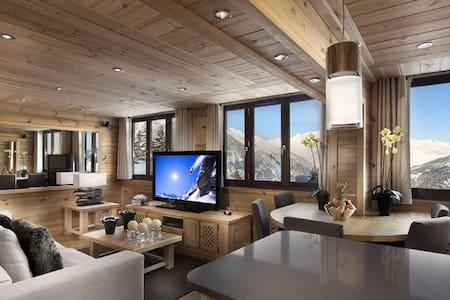 Panoramic view, close to ski slopes- Laax - Apartment