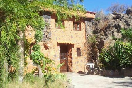 Casa de montaña junto a un paraje natural - El Tanque, Canarias, ES - Dom