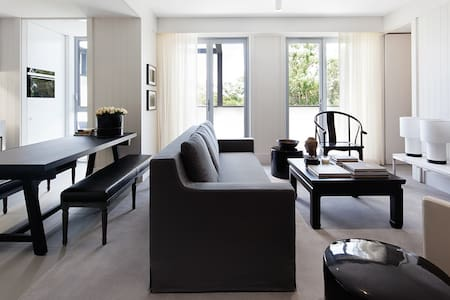 Two Bedroom Luxury Apartment - Apartment