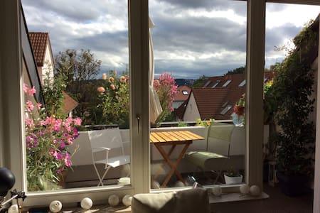Großzügig über den Dächern - Stuttgart - Wohnung